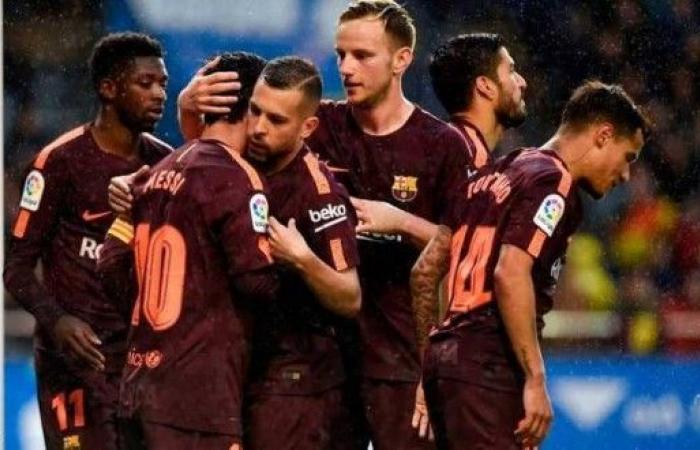 ميسي يقود برشلونة للتتويج بالدوري الإسباني