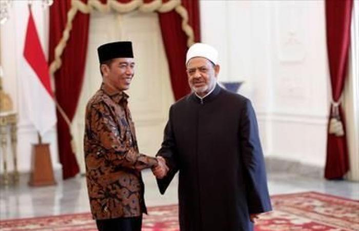 شيخ الأزهر في لقائه برئيس إندونيسيا: وسطية الإسلام حلًّا لكافة المشكلات