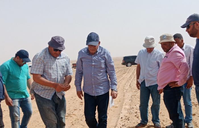 «البنا» يتفقد مزرعة الـ20 ألف فدان بالمنيا للوقوف على تأثيرات الطقس السيئ