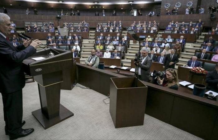أردوغان يترشح للرئاسة وأحزاب المعارضة تتجه للتحالف