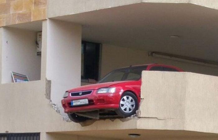 فقد السيطرة على السيارة وهذا ما حصل!