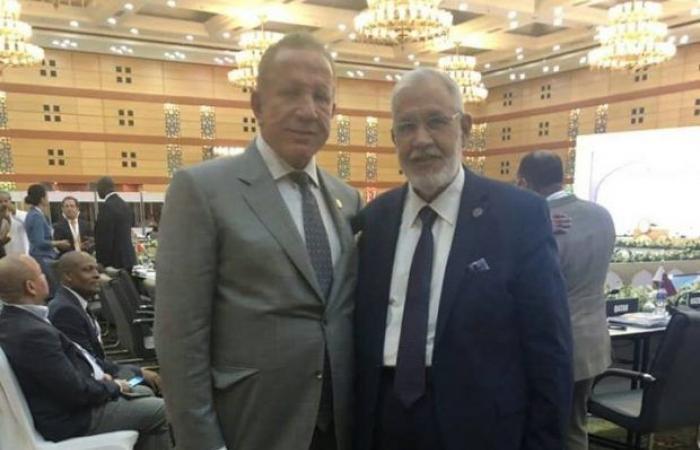 سيالة يلتقي وزير خارجية كوسوفو ويبحث معه البدء بالتواصل والتعاون بين البلدين