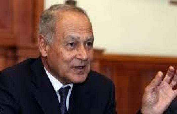 أبو الغيط يتسلم أوراق اعتماد مندوب السعودية الجديد لدى الجامعة العربية
