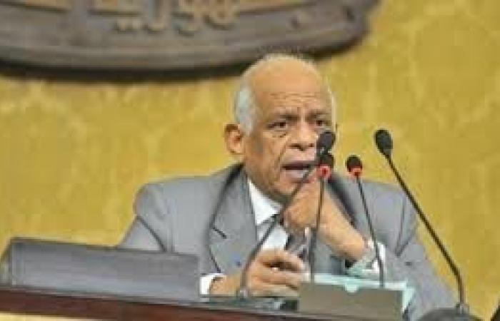 «عبد العال» يحيل عددا من قرارات رئيس الجمهورية ومشاريع القوانين إلى اللجان المختصة