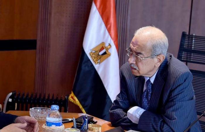 الحكومة تطرح حصص 6 شركات حكومية بالبورصة بداية من يونيو 2019