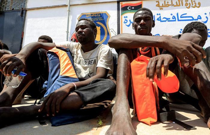 """العفو الدولية: أوروبا """"تخنق"""" المهاجرين في ليبيا"""