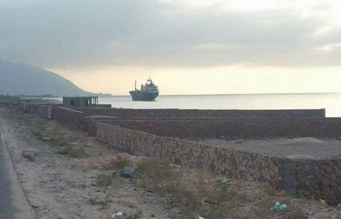 أنباء عن بدء انسحاب القوات الاماراتية من جزيرة سقطرى