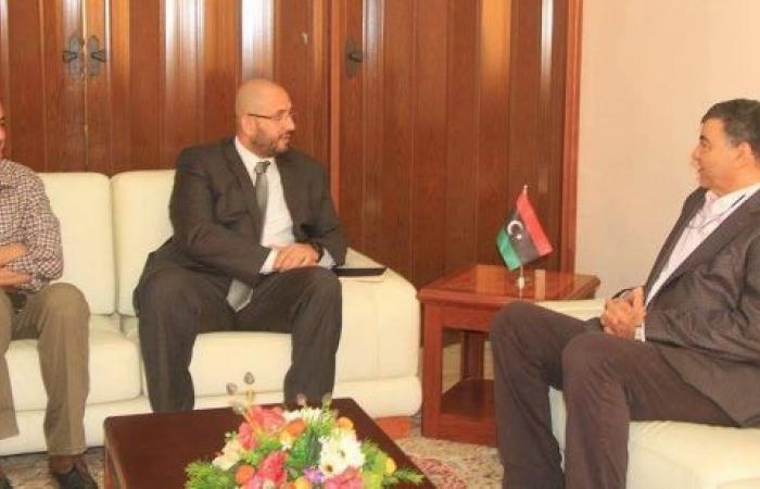 وزارة الداخلية تسعى إلى ايجاد صيغة مشتركة للتعاون مع المنظمة الدولية للهجرة