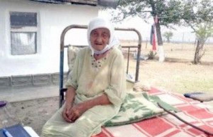 """بالصور ـ تجاوز عمرها 128 عامًا.. طول عمري """"عقاب من الله""""!"""