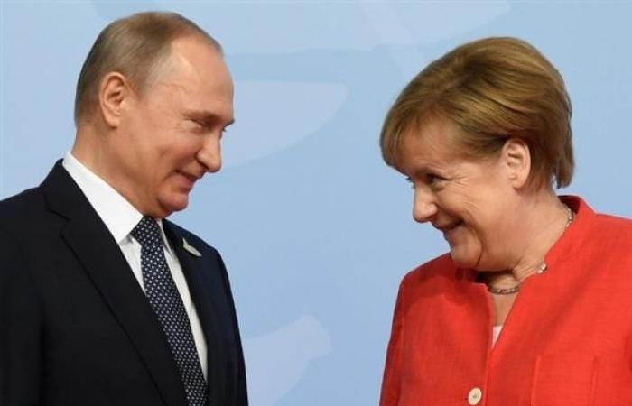 بوتين يستقبل ميركل للتباحث حول سوريا والعراق وأوكرانيا