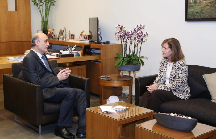 جعجع التقى السفيرة الأميركية في لبنان