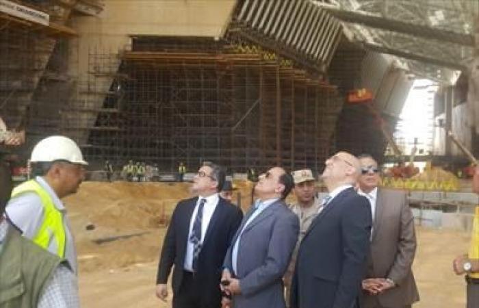 وزير الآثار يتفقد المتحف المصري الكبير للوقف على آخر المستجدات