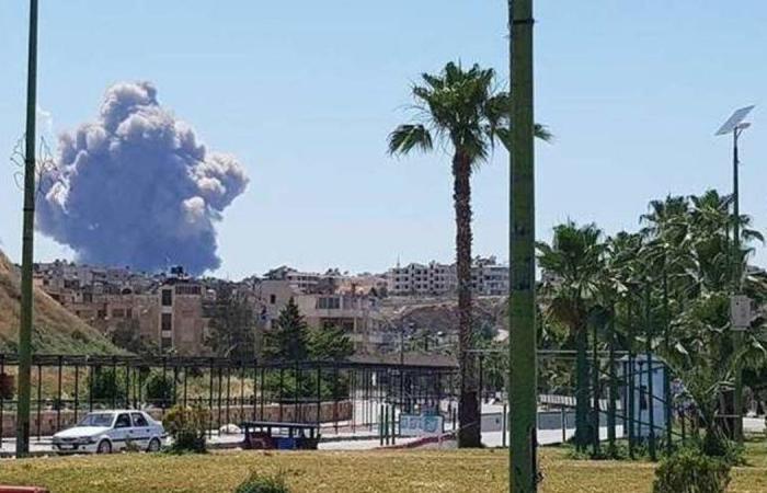 تفجيرات قاعدة حماة.. حصيلة القتلى ترتفع لـ28