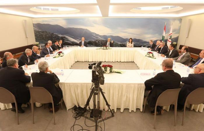 جعجع: ورقة بيضاء لرئاسة المجلس النيابي والحريري للحكومة