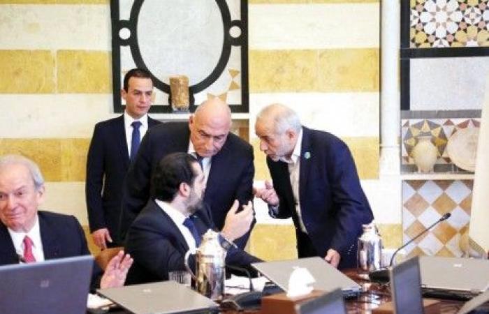 واشنطن تُهدِّد إيران بـ«السحق»… والإستحقاقات النيابية والحكومية تنطلق غداً