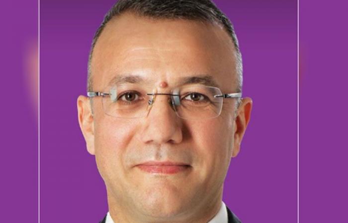 علي درويش: للتمسك بالوطن والانتماء الوطني