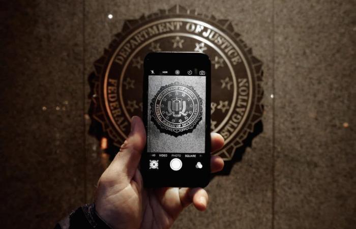 مكتب التحقيقات الفيدرالي يبالغ في عدد الهواتف المشفرة