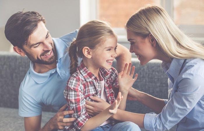 كيف يكون الوالدان قدوة مؤثرة لأطفالهما؟