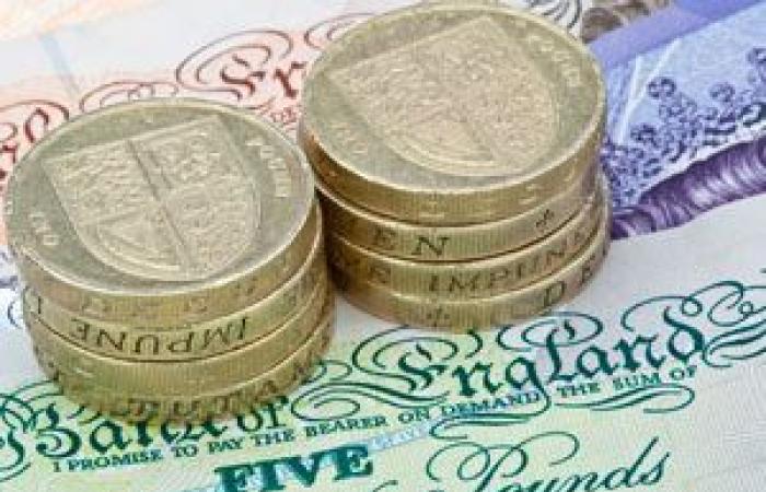 الجنيه الإسترليني يهبط لأدنى مستوى فى 7 أشهر مقابل الدولار الأمريكي