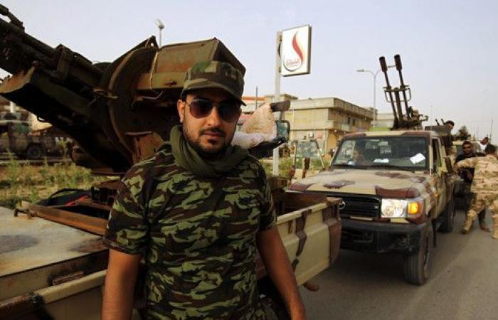 الجيش الليبي يستعد لاقتحام الحي الأخير في درنة