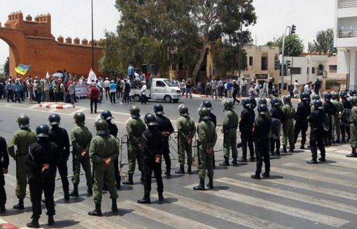 """السجن 20 عاما للزفزافي و3 آخرين في """"حراك الريف"""" بالمغرب"""