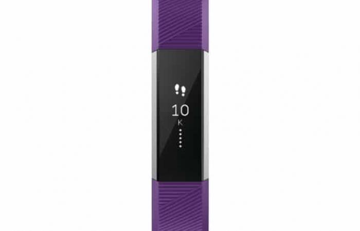 فيت بيت تطلق سوار Fitbit Ace المخصص للأطفال في الإمارات