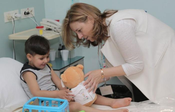 إجراء عمليات لأطفال يعانون تشوهات خلقية في القلب