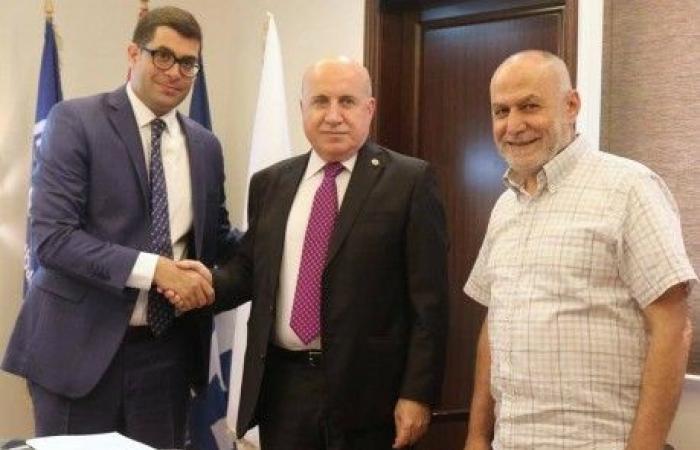 حيدر يوقّع إتفاق إستضافة لبنان لبطولة غرب آسيا للشابات