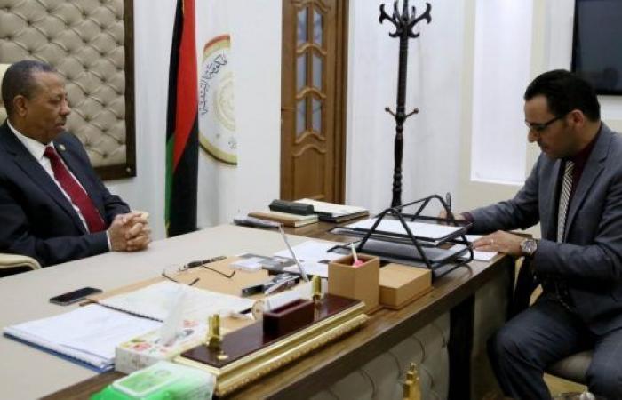 الثني يناقش مع رئيس الهيئة العامة للاتصالات والمعلوماتية عمل الهيئة ومشاريعها