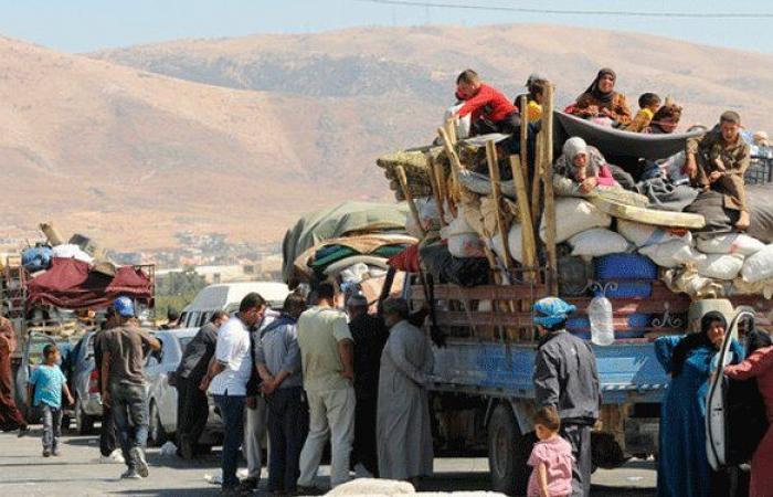 دفعة جديدة من نازحي عرسال تعود إلى سوريا