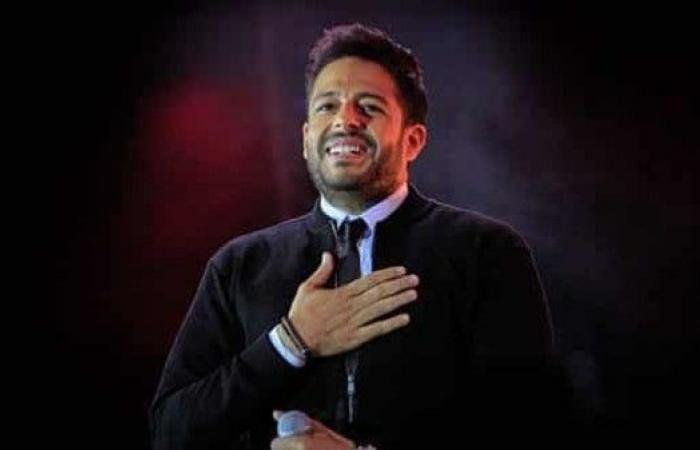 شاهد.. محمد حماقي يحتفي بحفله الأول في السعودية