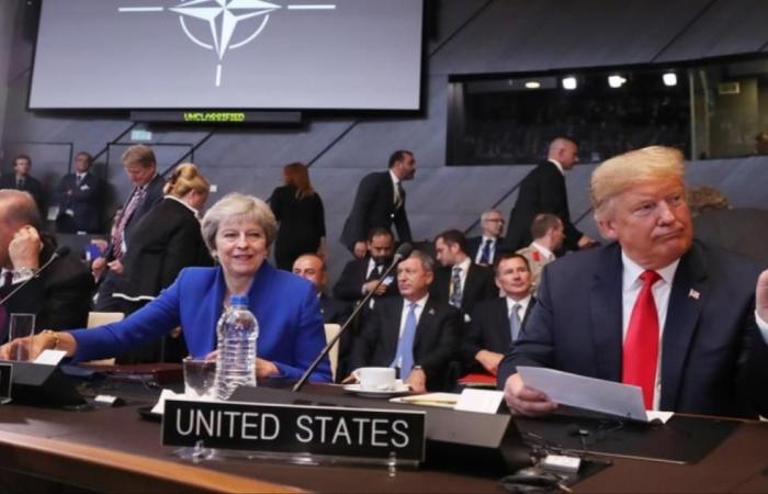 ما موقف قادة الناتو من الإنفاق الدفاعي والتهديدات الخارجية؟