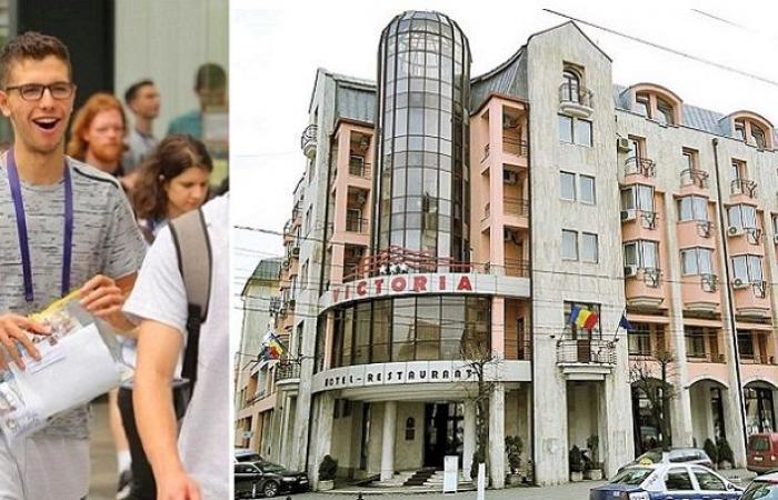 ابن بشار الأسد في رومانيا: أنا طالب عمري 16 سنة