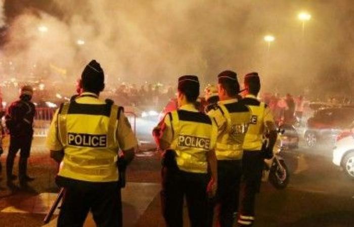 إحراق مئات السيارات خلال الاحتفالات في فرنسا