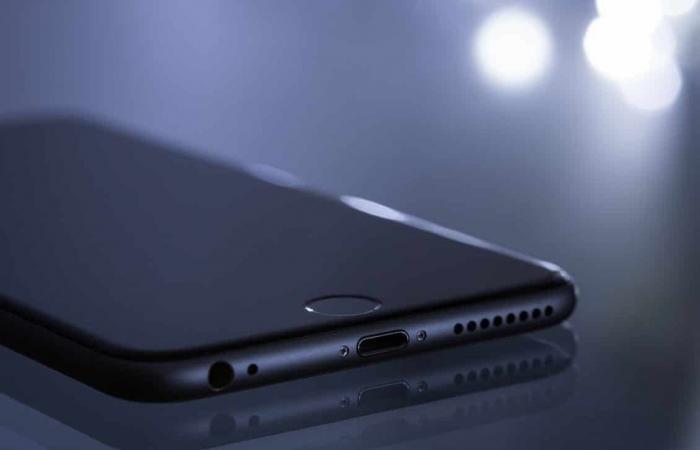 آبل تفشل في أسرع سوق للهواتف الذكية نموًا في العالم