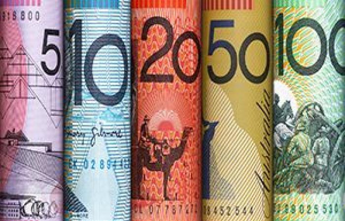 استقرار سلبي للدولار الأسترالي أمام الدولار الأمريكي خلال الجلسة الآسيوية