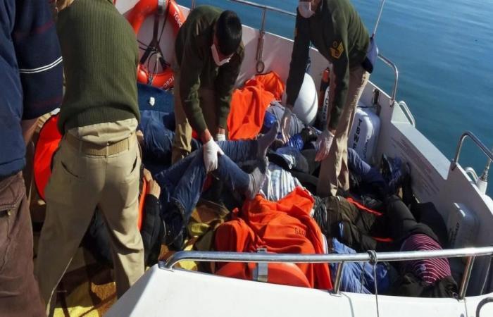 كوارث قوارب الموت تتواصل وتركيا تنقذ مئة مهاجر