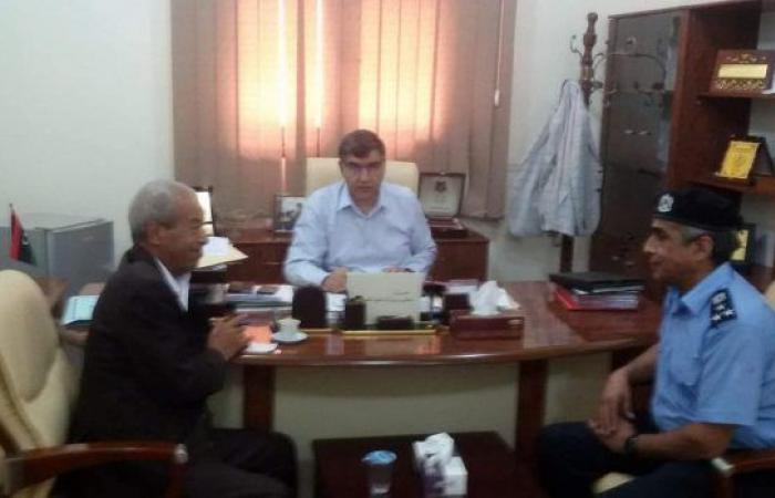 صيانة مركز الشرطة وتوفير الإمكانيات في تاورغاء على طاولة الشكشاك وعاشور