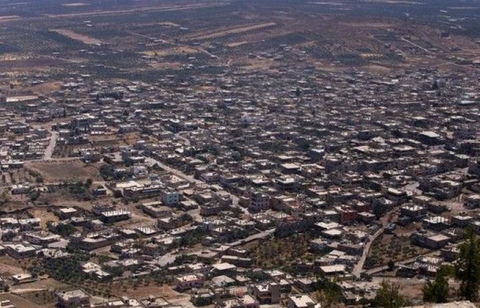 النظام السوري يدخل أول قرية بالقنيطرة بعد اتفاق تسليمها