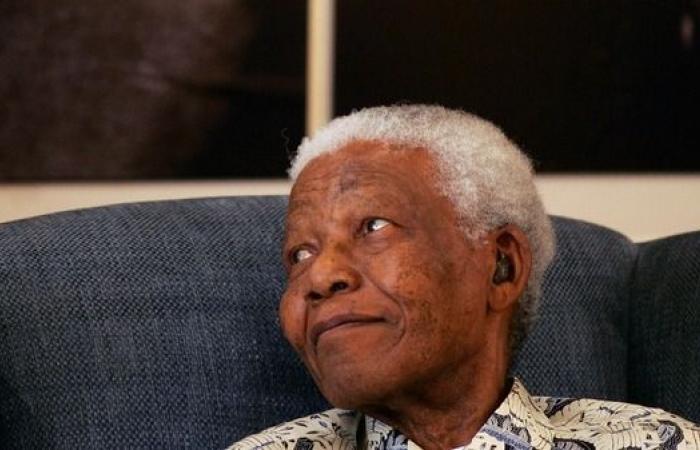 """100 عام على ولادة مانديلا.. """"يد بيضاء"""" قهرت العنصرية"""