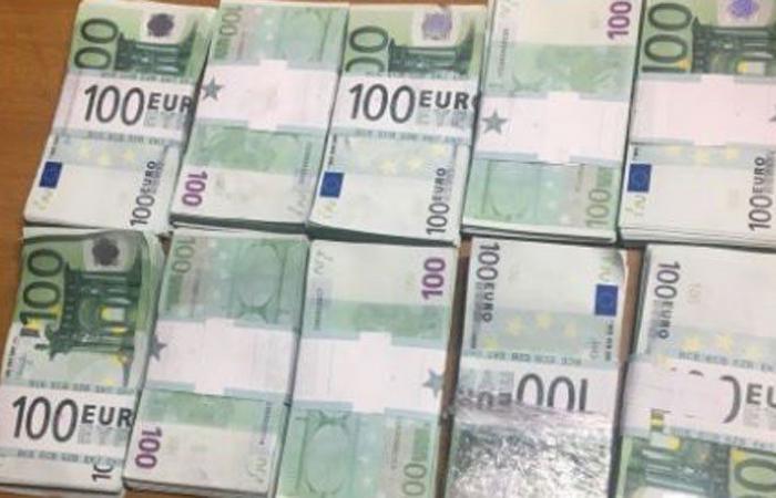 100.000 يورو مزيّفة في مطار رفيق الحريري الدولي