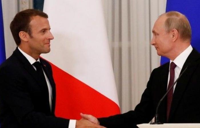 بوتين يبحث مع ماكرون الجهود الإنسانية المشتركة في سوريا