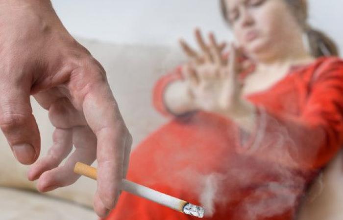 التدخين السلبي يهدد حياة عشرات آلاف الحوامل وأطفالهن