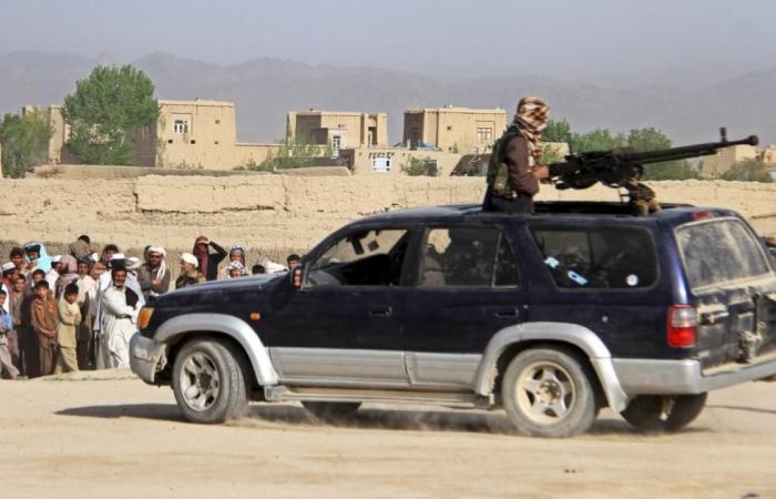 """طالبان تقتحم """"غزني"""" وحربها مع النظام تستعر"""