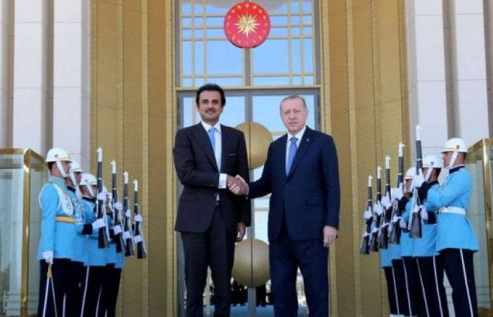 تعافي الليرة بعد إعلان الدوحة عن استثمارات ضخمة في تركيا