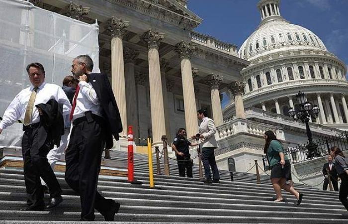 سوريا | قادة مجلس الشيوخ يتعهدون بمقاومة مساعي ترامب لخفض المساعدات لسوريا