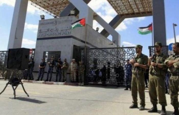 فلسطين | صحفي إسرائيلي يبعث برسالة للفصائل الفلسطينية من معبر رفح