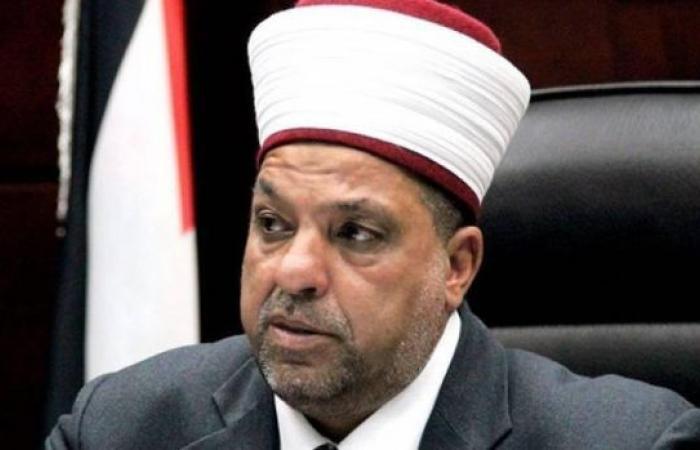 فلسطين   ادعيس يندد بانتهاكات الاحتلال التي تطال المقدسات الإسلامية والمسيحية
