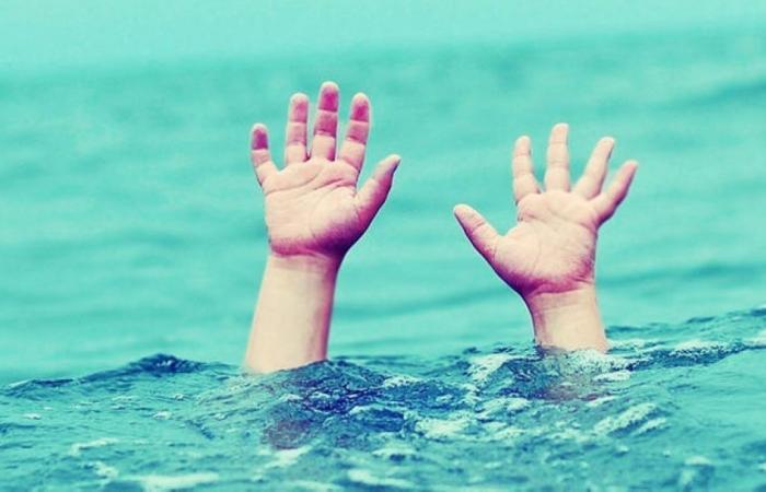 فلسطين   مصرع طفل غرقا في بحر خانيونس