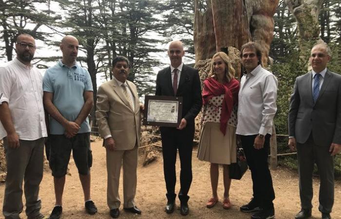 بيرسيه زار متحف جبران وغابة الأرز في بشري